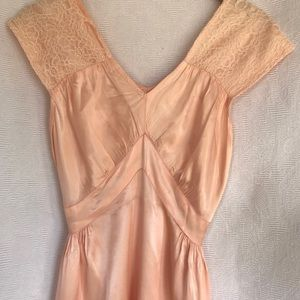 Vintage 40's acetate peachy pink nightgown